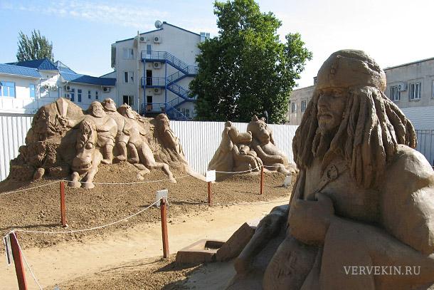 111-anapa-skulptury-iz-peska