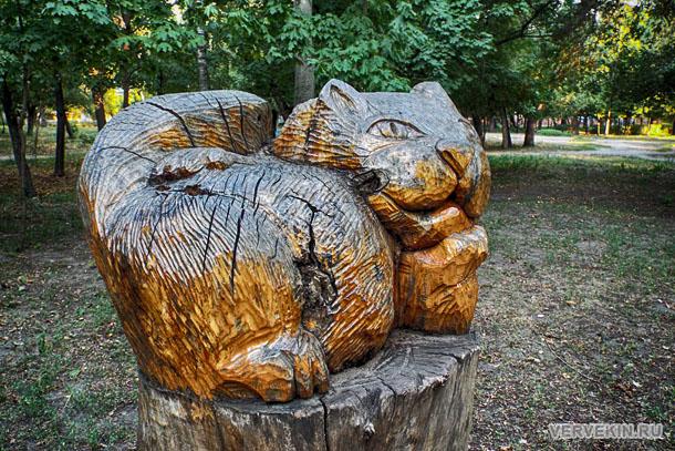 park-aviastroitelej-voronezhskij-zoopark-03