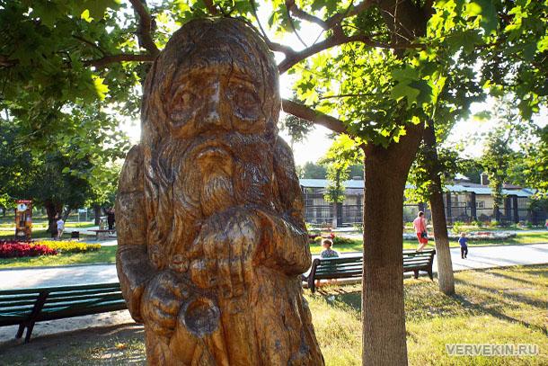 park-aviastroitelej-voronezhskij-zoopark-05