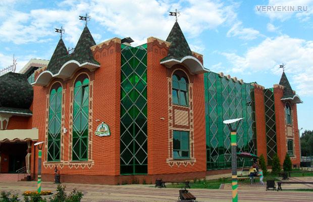 Детский комплекс Изумрудный - Россошь, фото