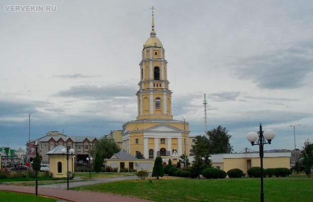 Церковь Александра Невского на Октябрьской площади