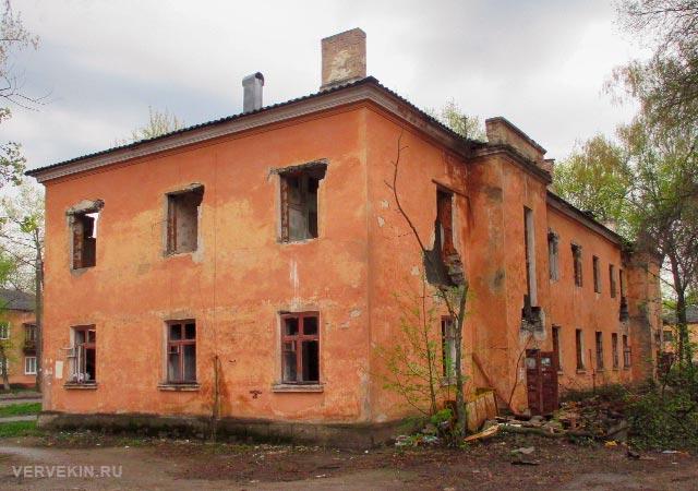 Ул. Ленинградская, 24: вид со двора