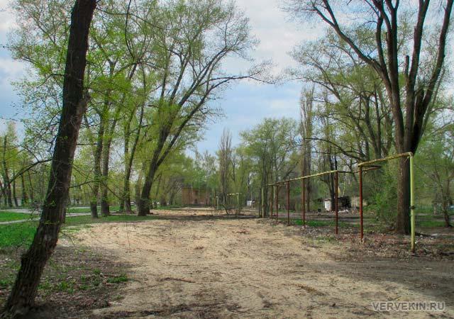 Облагороженная территория на месте снесенных ранее домов