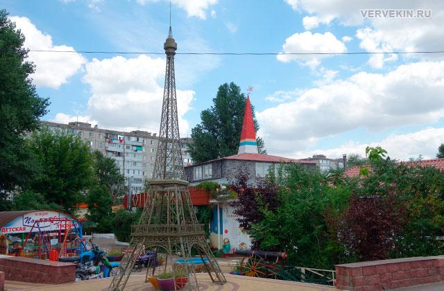 """Парк """"Юбилейный"""" (Россошь): эйфелева башня"""