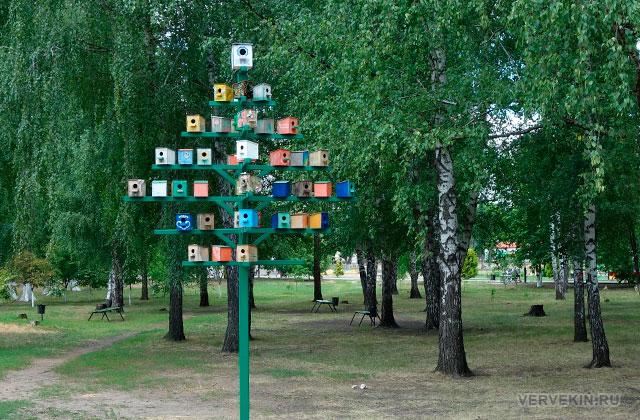 """Парк """"Юбилейный"""" (Россошь): птичий дом"""