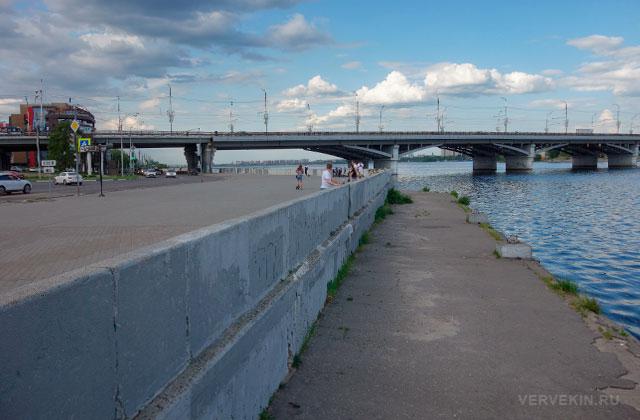 Воронеж: Петровская набережная, Чернавский мост