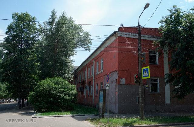 Воронеж: улица Карла Маркса, одно из зданий кондитерской фабрики
