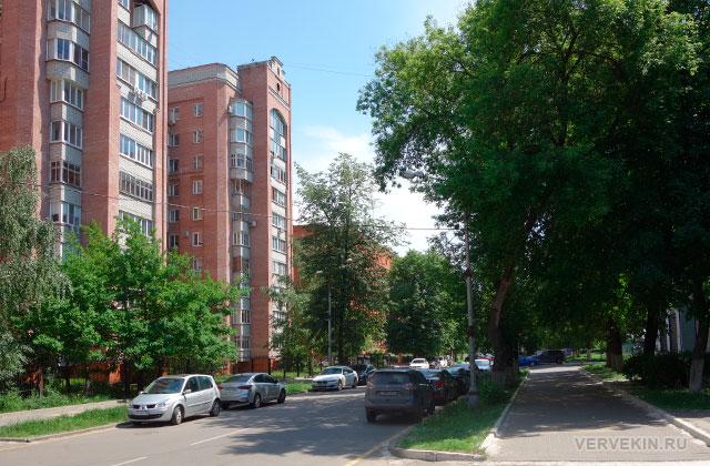 Воронеж: улица Карла Маркса, условно-пешеходная зона